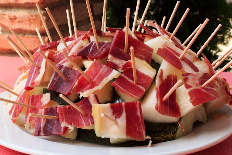 Combinado de melón con jamón